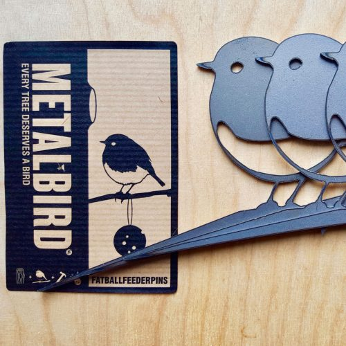 Metalbird-vetbolhouder-met-verpakking-vierkant_dejavu