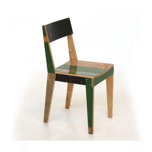 Piet-hein-eek_eiken-stoel-in-sloophout_dejavu