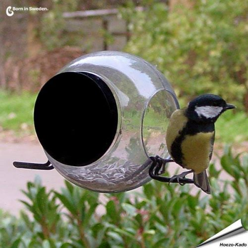born-in-sweden-birdfeeder-dejavu