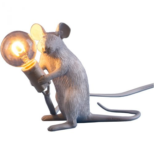 seletti_mouse-light-zittend_dejavu