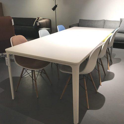 vitra_plate-dining-table1_sale_dejavu